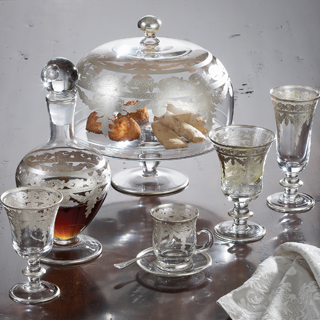 The dinnerware and serving pieces are also gorgeous when mixed Arte Italica pewter or our Merletto ... & Arte Italica Vetro Silver - Culinary Connection Gifts
